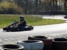 Les internes se livrent à une course de karting effrénée
