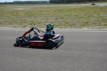 Les collégiens font du karting sur le circuit d'Escource