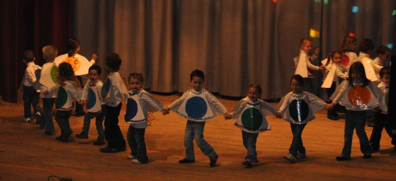 spectacle couleur maternelle