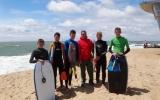 Les collégiens font du surf à Capbreton